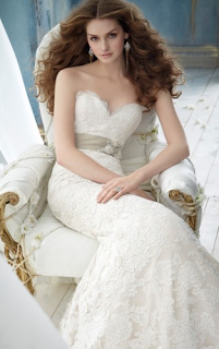 http://www.landybridal.co/trumpet-mermaid-sweetheart-brush-train-wedding-dress-h5jc0121.html