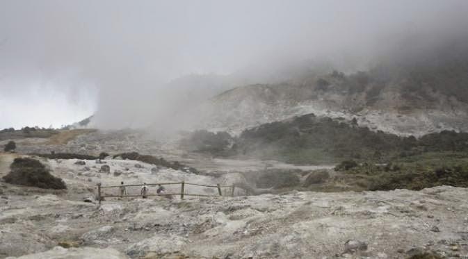 Kawah Gunung Paling Eksotik Di Indonesia