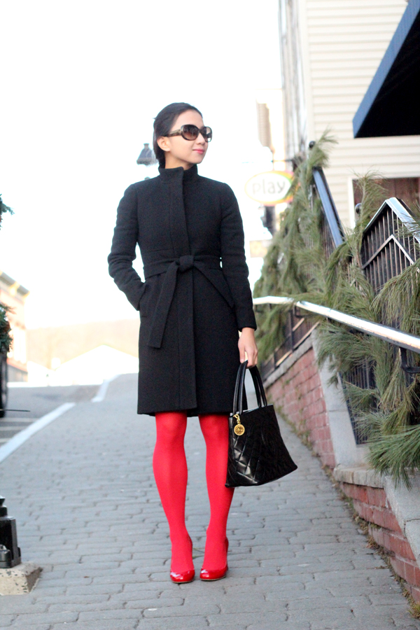 Wear It Five Ways : Red Tights