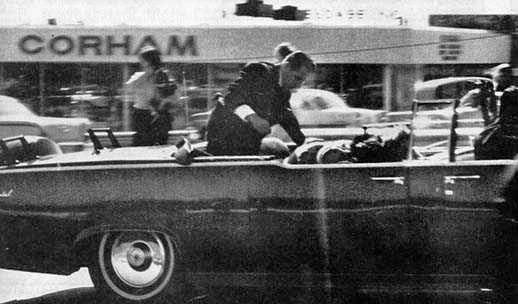 Kennedy llegada al Hospital Parkland