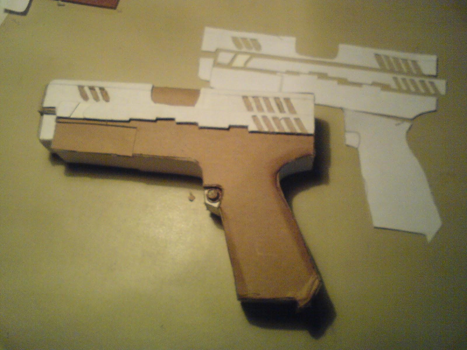 Pistola Blacktail - Resident Evil DSC04423