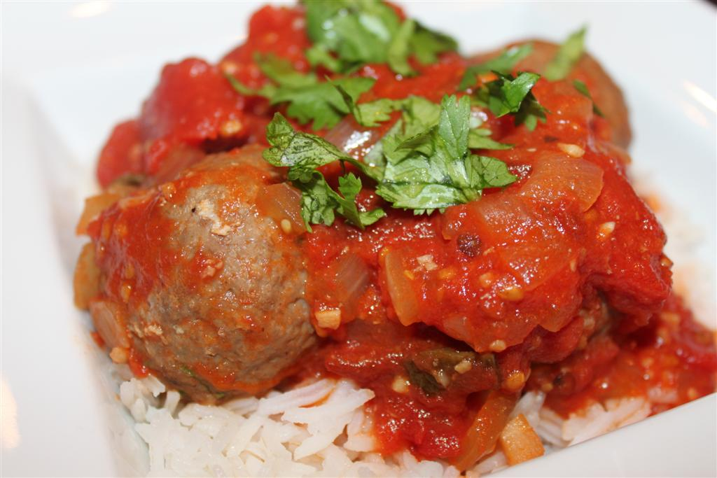 Kelly's Healthified Kitchen: Spicy Chipotle Meatballs with Rice