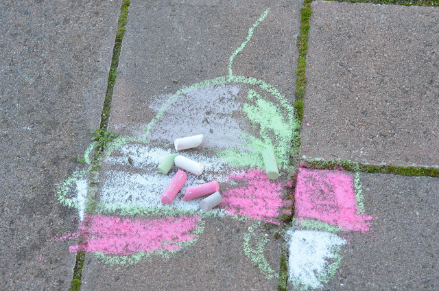 Chalk drawing for kids
