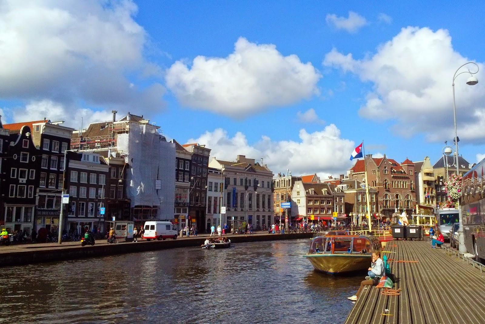 когда ехать в Амстердам