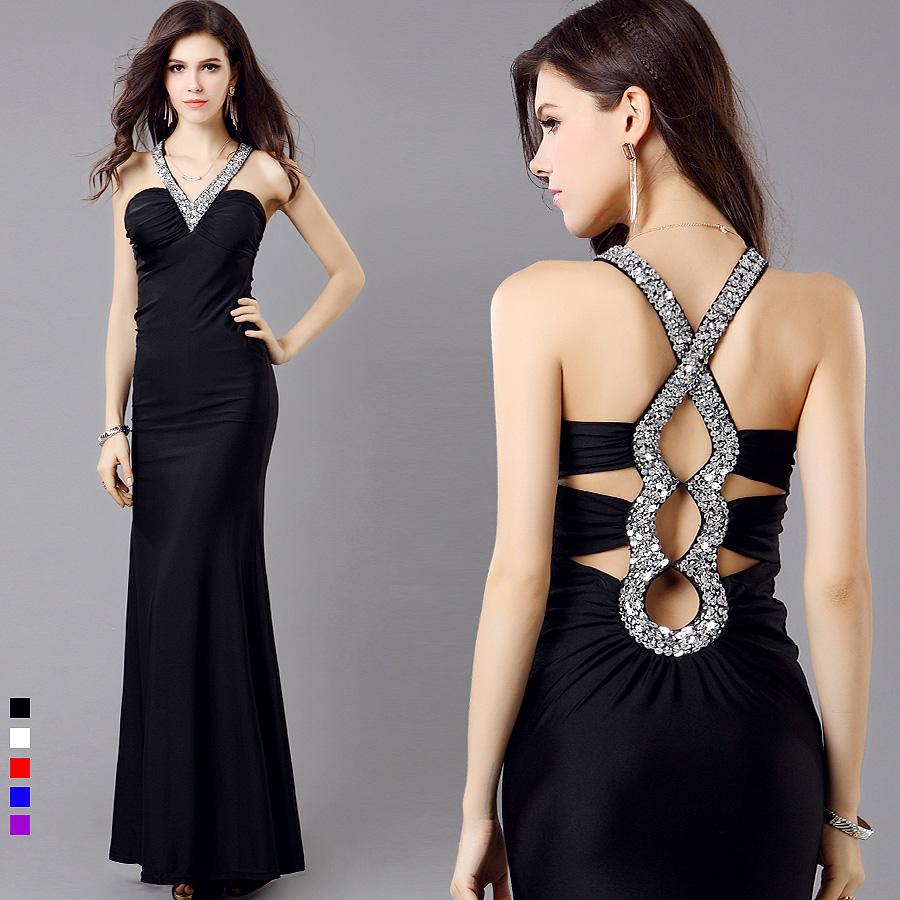 Bisuteria para un vestido negro