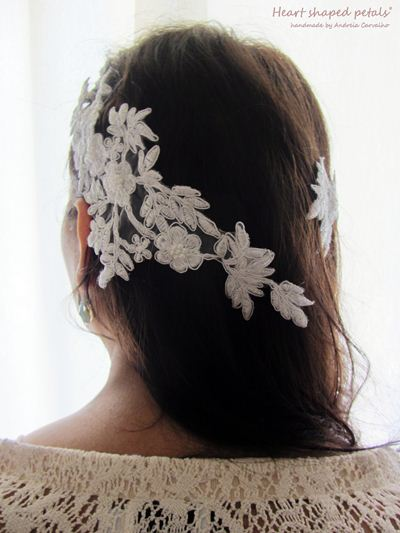 Bridal hair accessory in white lace