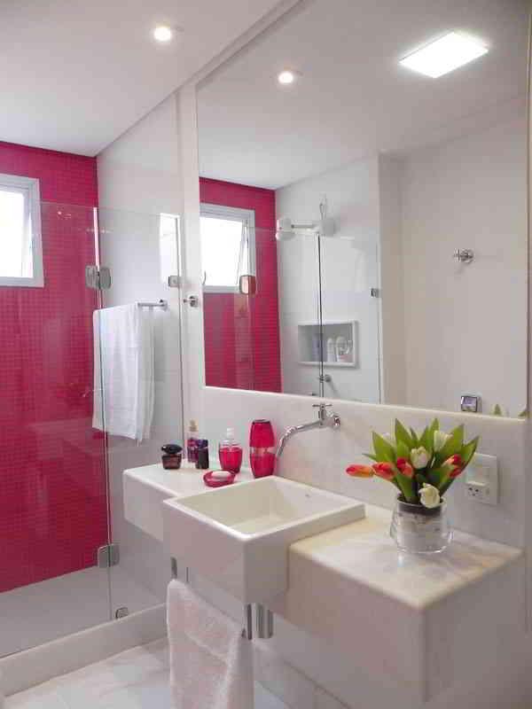 Banheiros com pastilhas  37 modelos decorados  Decor Alternativa -> Decoracao De Banheiro Com Papel Contact