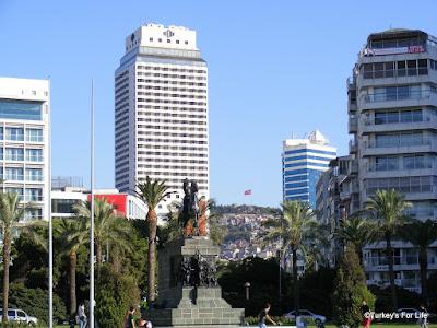 Kadifekale From Izmir Seafront