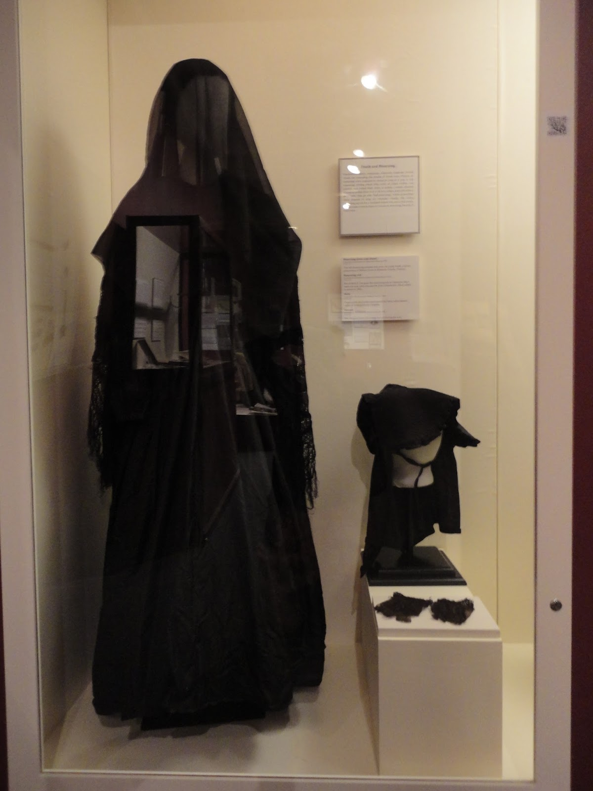 Modern dress wear for men - Displaying 19 Gt Images For Mourning Clothes