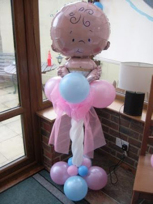 Decorar un baby shower con globos