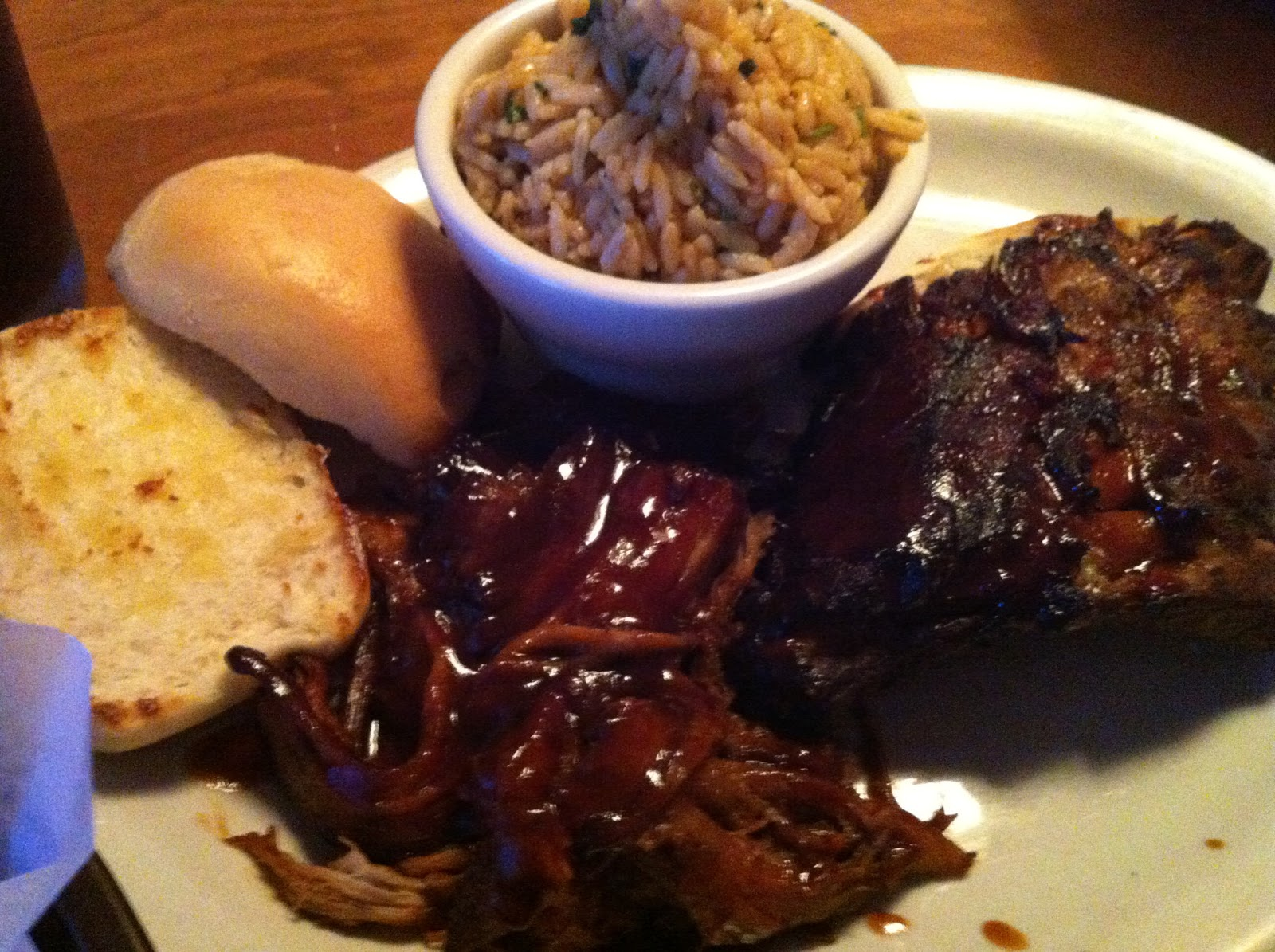 Texas Roadhouse Combo Ribs Pulled Pork BBQ Barbecue Barbeque Bar-B-Que