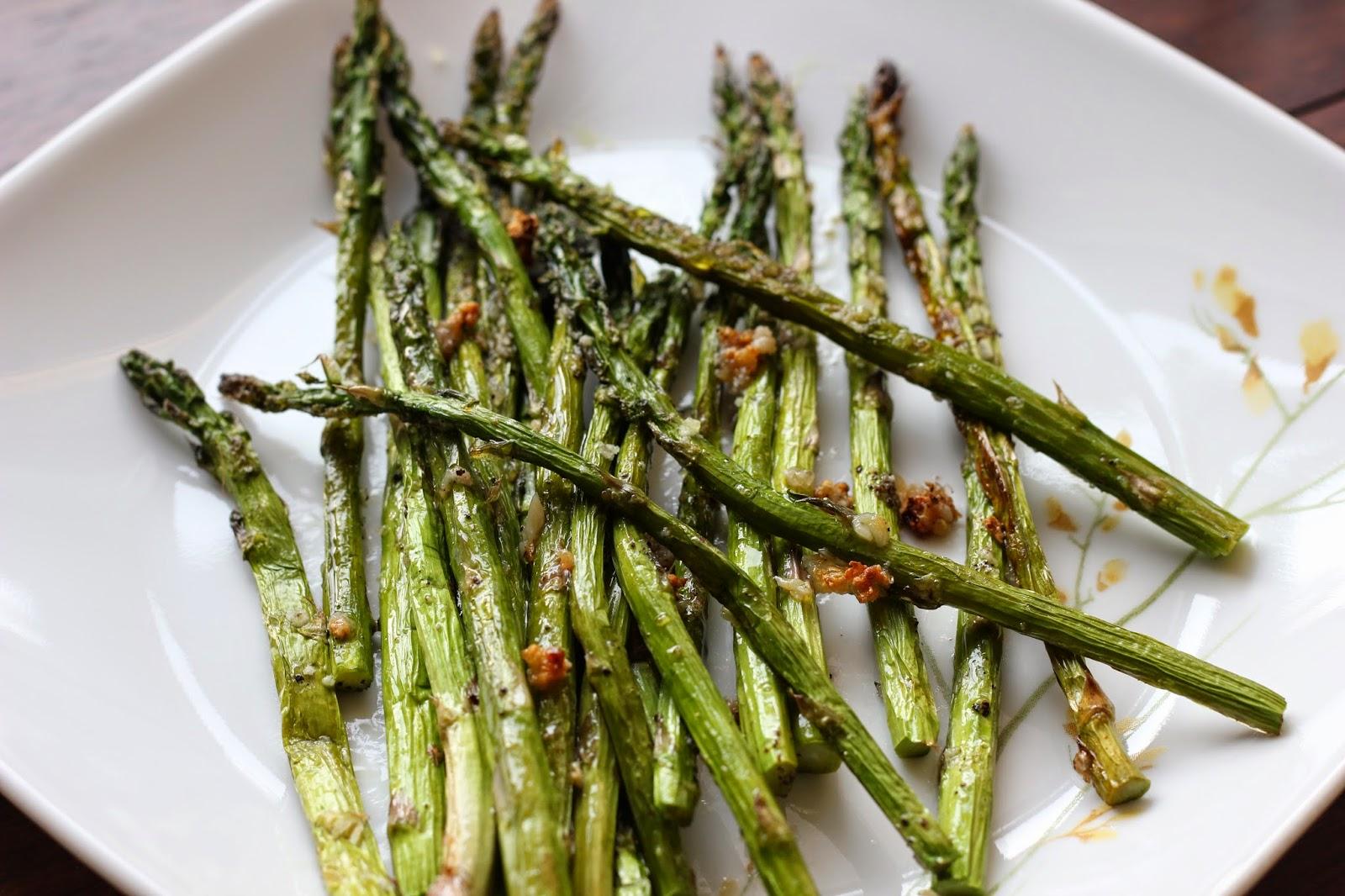 simple-broiled-asparagus