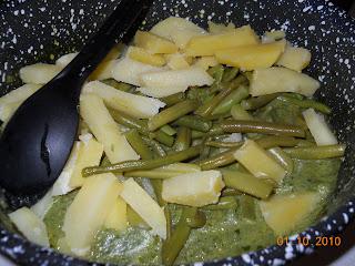 pasta con pesto, patate e fagiolini