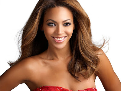 Beyonce Knowles Attractive Smile