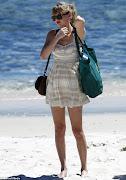Taylor Swift: Bikini en Playa de Perth, Australia