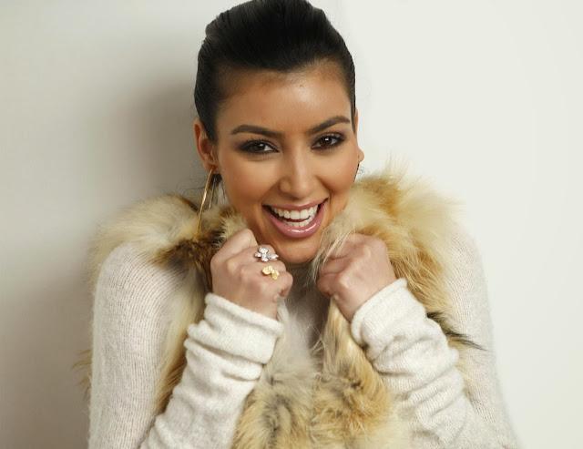 Hollywood Actress Kim Kardashian Wallpapers