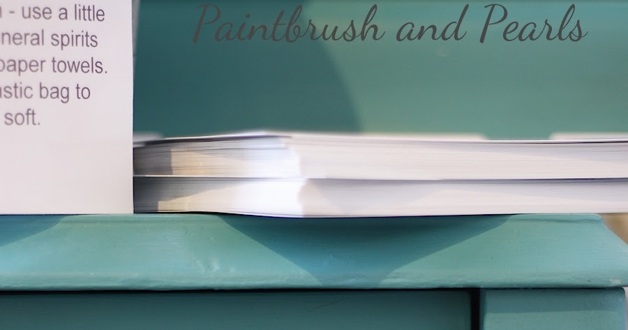 Brocante Home Collection 39 S Paintbrush And Pearls Chalk