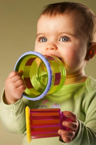 giu ve sinh do choi cho be Một số chú ý lúc chọn mua đồ chơi trẻ em