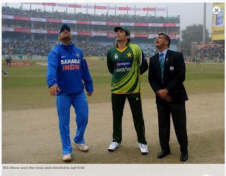 MS-Dhoni-Misbah-ul-Haq-INDIA-v-PAKISTAN-3rd-ODI