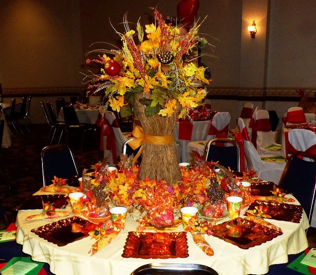 fall tablescape ideas   Debbie-Dabble