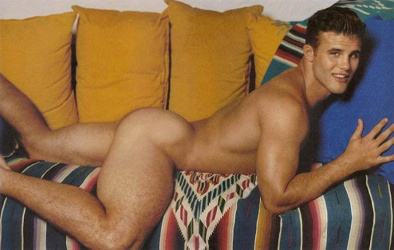 And naked wainking bleu Corbin