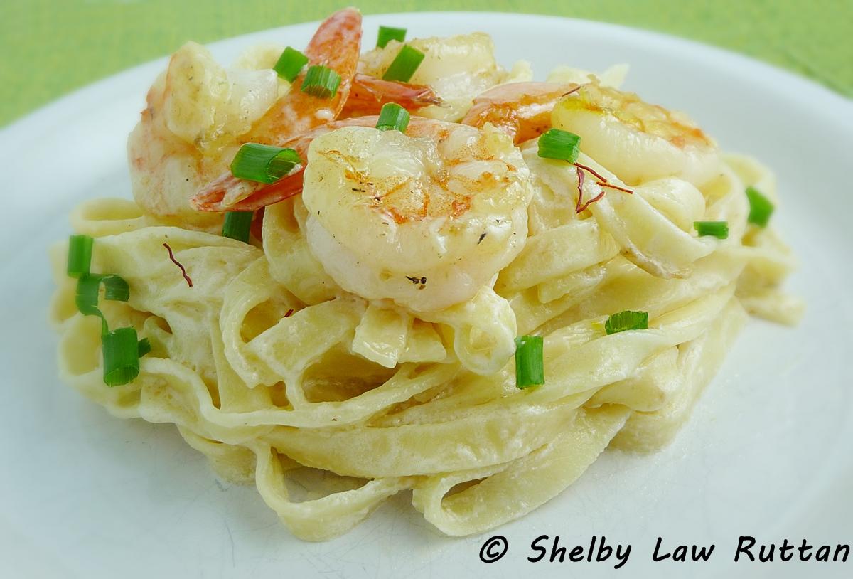 Egg Pasta With Saffron, Shrimp, And Peas Recipe — Dishmaps
