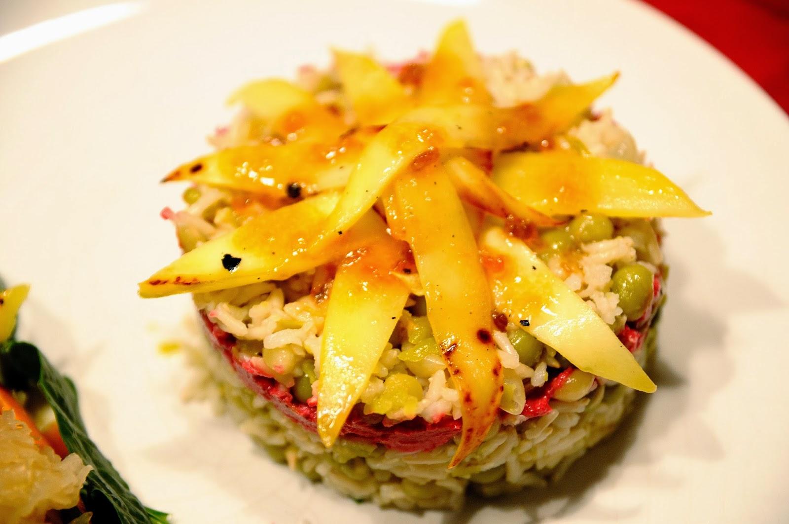 Ensaladilla de arroz basmati con guisantes y mango for Cocinar con mango