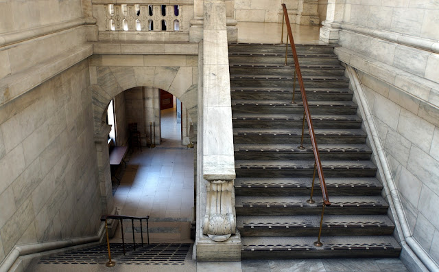 A walk through the New York Public Library