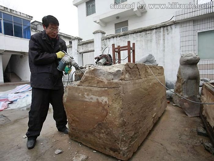 http://1.bp.blogspot.com/-zy1JW1DDIN8/TXin8pI4UAI/AAAAAAAAQs4/fswbJh-q1lc/s1600/mummy_01.jpg