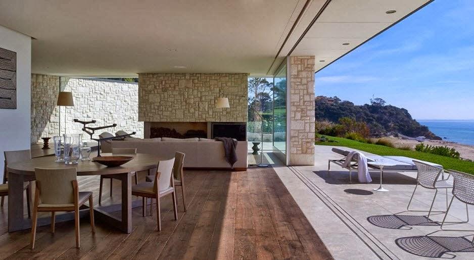 Fachada y dise o de casa moderna sobre acantilado frente for Australian beach house style