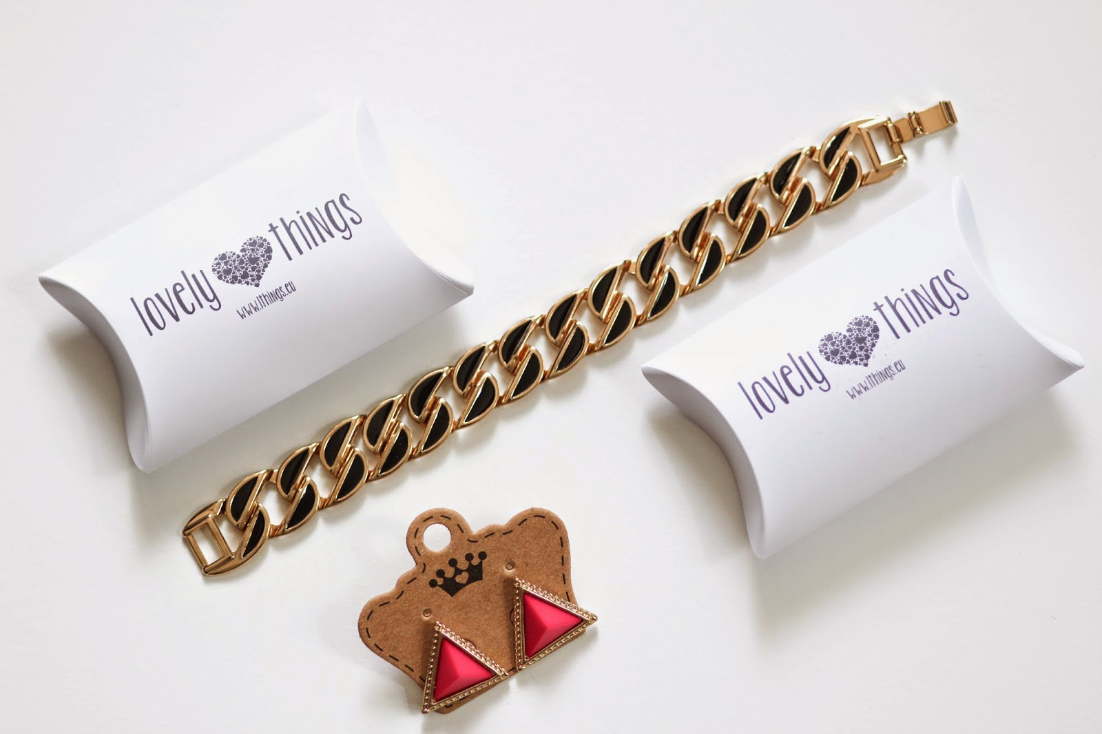 ACCESSOIRES: EARRINGS & BRACELET BY LOVELY THINGS PRIZMAHFASHION