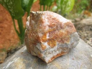 Batuan yang Mengandung Kadar Emas Terbanyak Di Indonesia