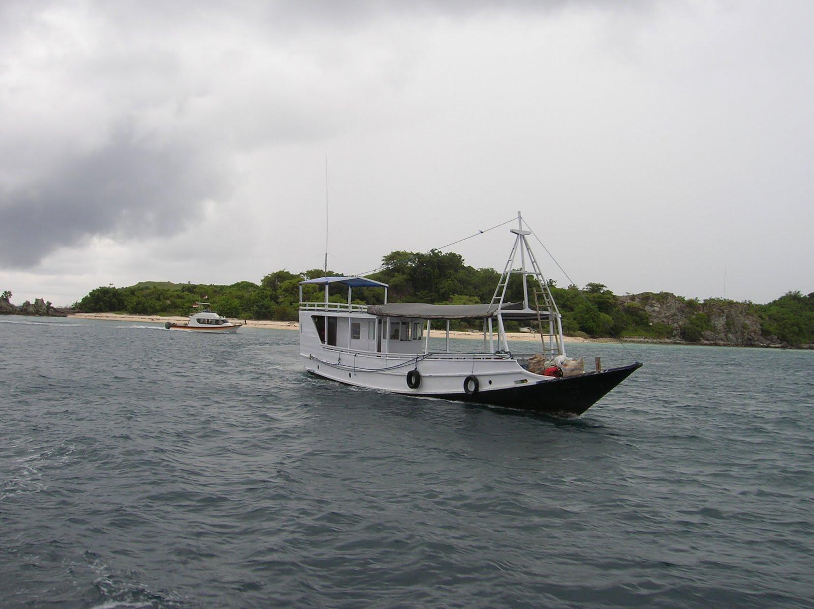 Isla de Bidadari, Isla de Flores, vuelta al mundo, round the world, La vuelta al mundo de Asun y Ricardo