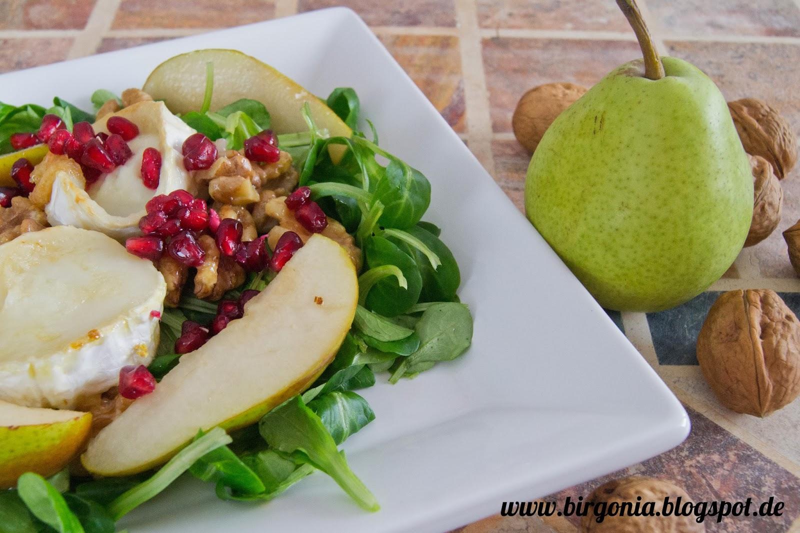 Salat mit ziegenkase und birnen