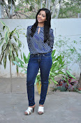 Nithya Shetty dazzling photo shoot-thumbnail-2