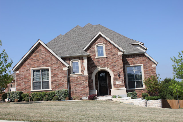 The house that we built brick choice for Exterior paint colors that go with brick