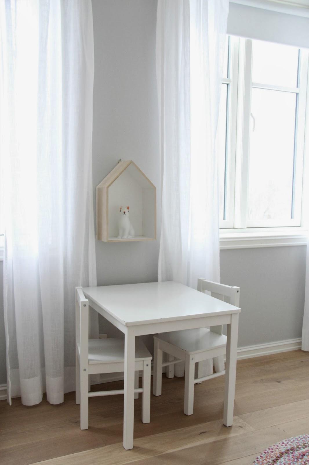 bord og stoler barn