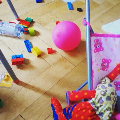 Multitasking bei Kleinkindern Erfahrung Runzelfuesschen