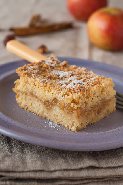 Mrvičasti kolač od jabuka