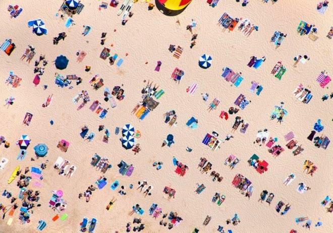 bondi beach horizontal aerial maison gray 660x462