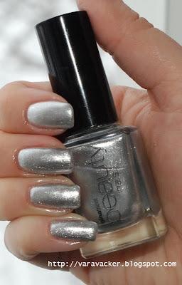 naglar, nails, nagellack, nil polish, gina tricot, silver