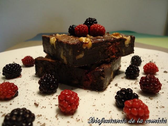 Brownie de Frambuesas, Moras y Nueces