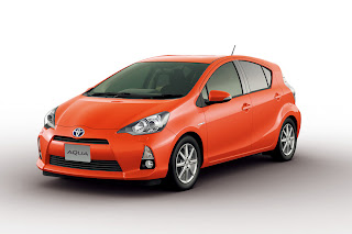 Orange Color Toyota New Prius C / Aqua Hybrid