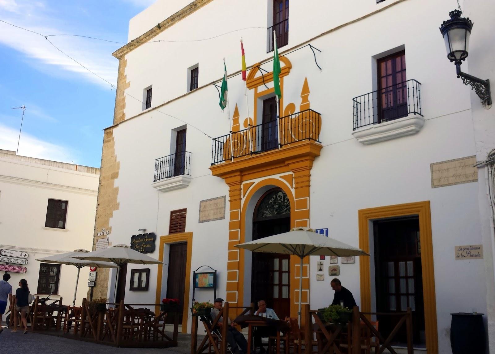 Vejer de la Frontera  |  Postcard from Andalucía: Vejer de la Frontera on afeathery*nest  |  http://afeatherynest.com