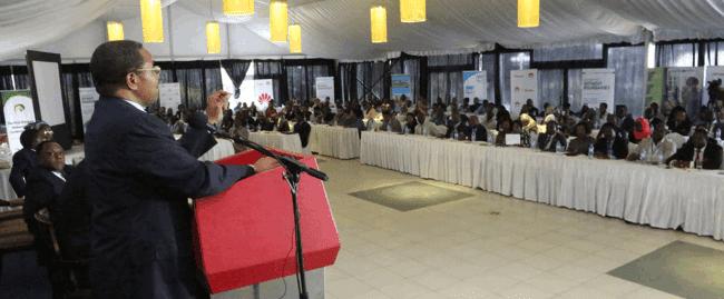 Rais Jakaya Mrisho Kikwete akifungua mkutano wa kwanza wa Diaspora katika hoteli ya Serena jijini Dar es salaam leo Agosti 14, 2014