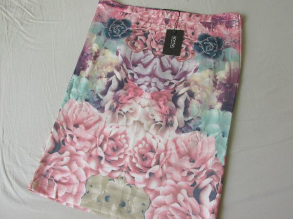 New In: ROMWE Bestellung Floraler Bodycon Rock in rosa