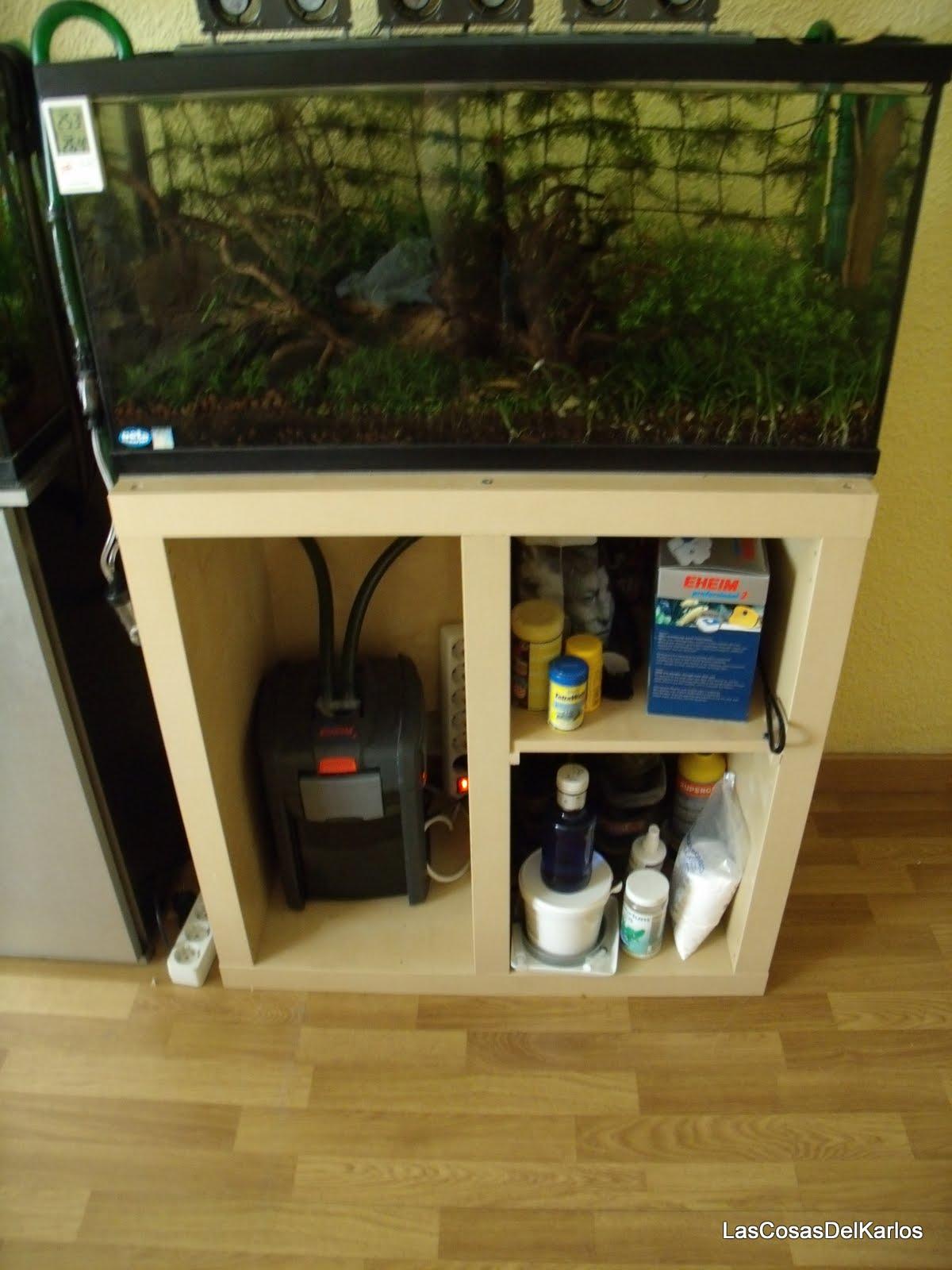 Las cosas del karlos mesa estanter a ikea expedit para - Muebles para television ikea ...