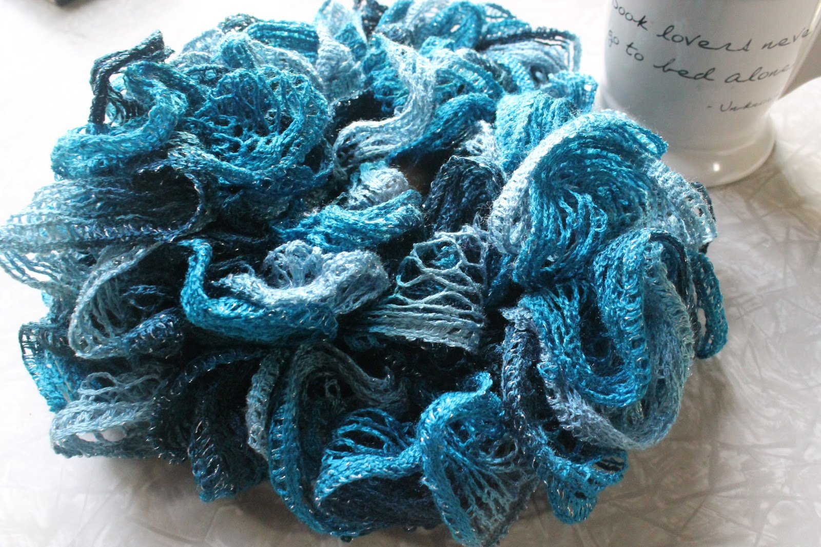everyday at leisure loom knitting a ruffle scarf