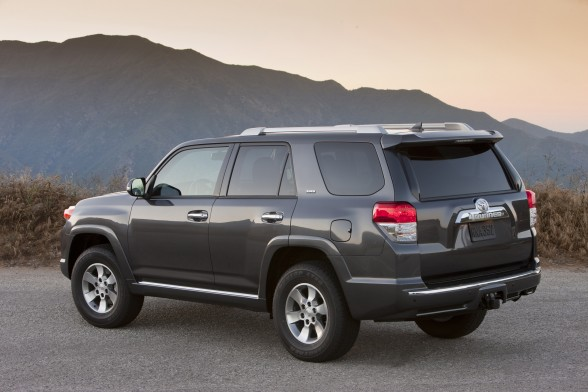 daily car pictures 2012 toyota 4runner. Black Bedroom Furniture Sets. Home Design Ideas