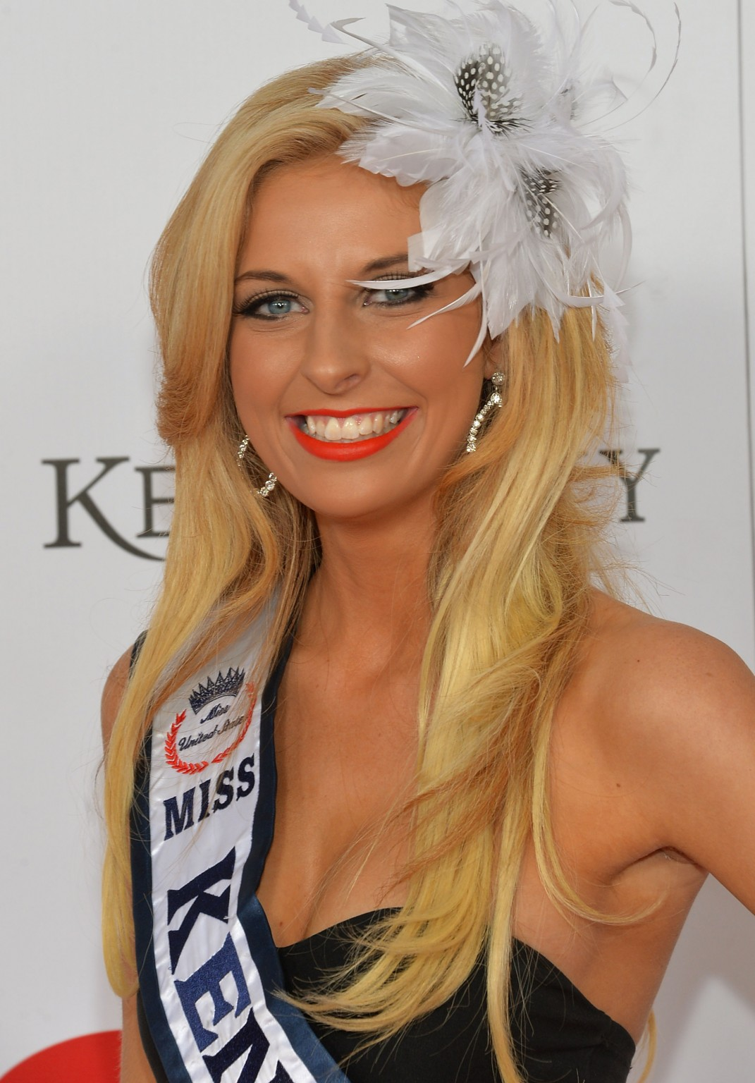 Kentucky Derby Hairstyles Sandys Motherhood Blog Of Horses And Hats